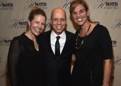 Tracie Hamilton, Honoree Scott Hamilton and Karri Morgan
