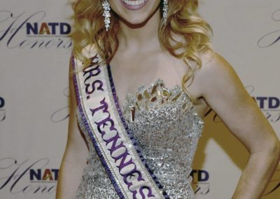 Mrs. Tennessee International Deanna Loveland