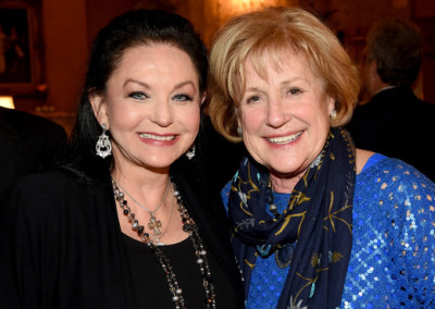 Crystal Gayle with Sheila Crisp